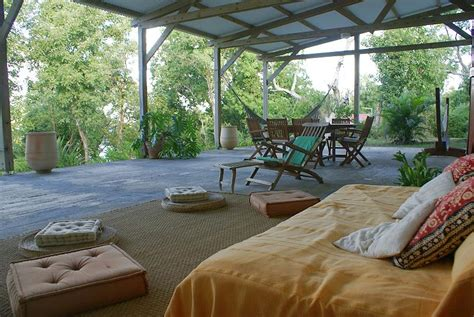 Villa on an islet for rent in Martinique - MartinicaOnline