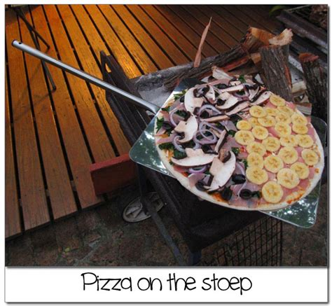 Pizza Braai Oven   Home made pizza in your braai