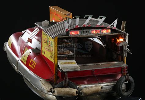 FIFTH ELEMENT, THE (1997) - Model Miniature Pizza Delivery