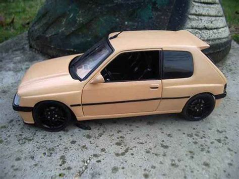 Peugeot 205 GTI Auto Tuning 93 abricot Solido diecast