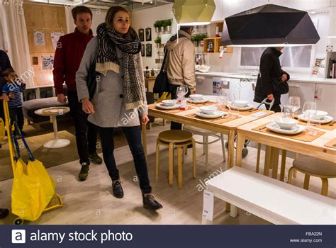 Paris, France, Young Adult Couple Shopping in Modern DIY