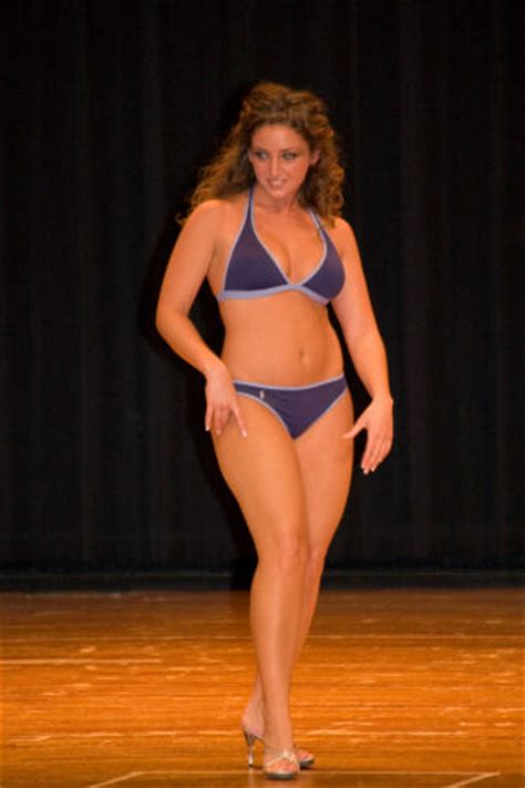 """2009 Miss Central Pennsylvania Pageant - """"Teen"""" Lifestyle"""