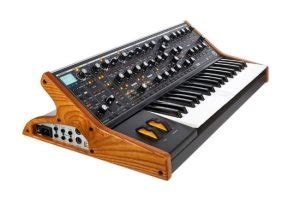 Synthétiseur Moog Subsequent 37 - instrumentdemusique
